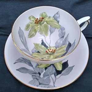 Vintage Bone China teacup/saucer (#2)